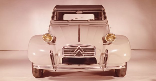 Citroen, the look of a car starts the headlights
