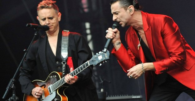 Depeche Mode, Whitney Houston and Notorious B. I. G. in the Rock'n'roll Hall of Fame