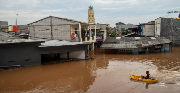 Indonesia, flood in Jakarta, the budget rises to 18 dead