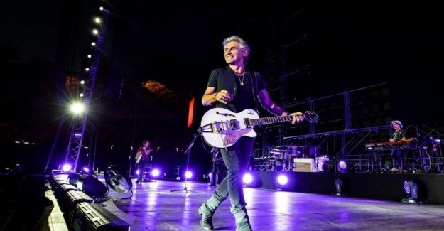Ligabue, '30 years in a day', the concert event to celebrate the long career is sold out