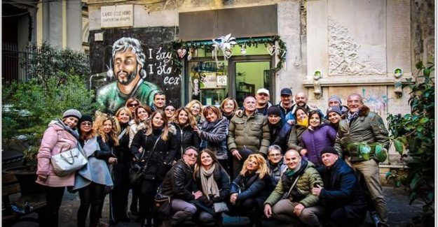 Naples for Pino Daniele: the mass, the piano on the Promenade and giveaways at 5 years after disappearance