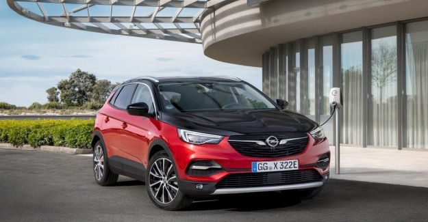 Opel Grandland X Hybrid4, the day of the debut