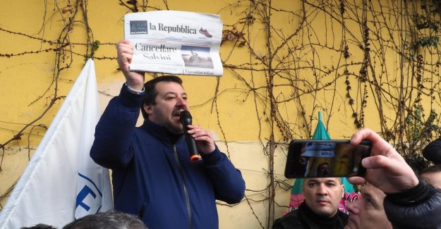 Salvini against the Republic, the newspaper, the Attack indecent