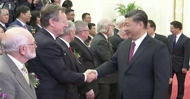 The scientist Roberto Battiston awarded by the chinese president Xi Jinping