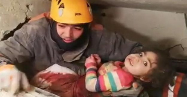 Turkey, budget earthquake rises to 35 dead: save child of 2 years old