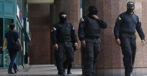 Venezuela, kidnapped a deputy of the opposition. Searched the offices of Guaidò