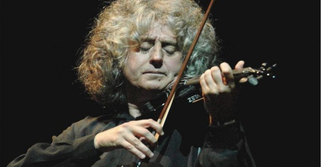 Angelo Branduardi, the mystical folk of 70 years: The people must come out happy. What else is music?