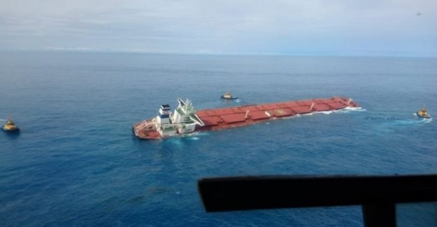 Brazil: sinking ship full of iron, fear for the environment