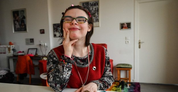 Éléonore Laloux, the first candidate with Down syndrome in the history of France: I Would like a world with more respect