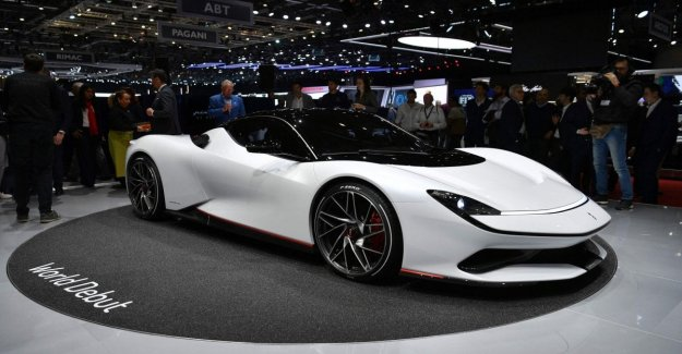 Geneva motor show, the show is served