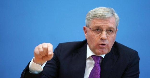 Germany, hit the scene in the post Merkel: candidate Norbert Roettgen