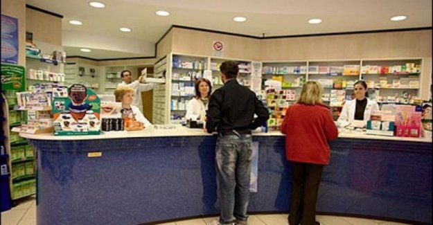 Italians buy fewer drugs ethical, but the most supplements and cosmetics