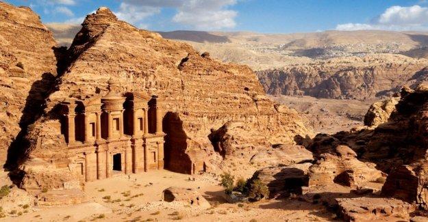 Jordan, the Italian tourist killed by boulders fallen in Petra