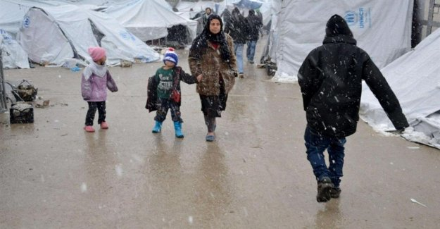 Syria, 500,000 children refugees: from December in the North West, 77 were killed or injured