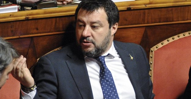 The government at the time of the coronavirus. Salvini: the League is there to accompany the Country to vote. And the halls of the Quirinale
