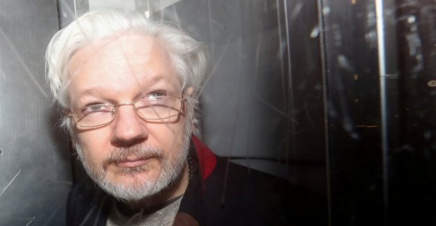 The offer of Trump Assange: Grace in exchange for the scagionamento of Russia in the scandal of the emails