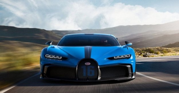 Bugatti show between tradition and technological innovation