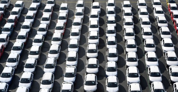 China, the effect of Coronavirus on car sales: in January, less than 78%