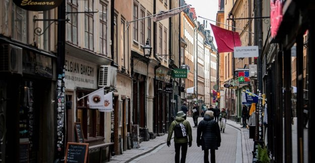 Coronavirus, Sweden goes against the current: transportation full and open offices