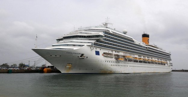Coronavirus, prohibited docking in Phuket of Costa Cruises with italians on board: No contagion on the ship