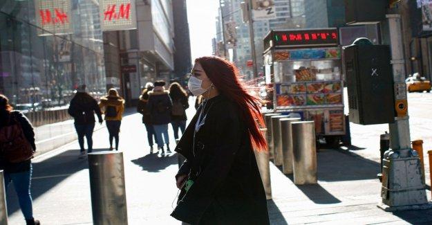 Coronavirus: salt fear in New York. The mayor: Go by bike or walk