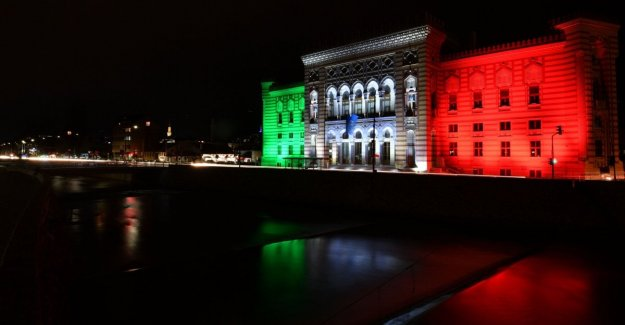 Coronavirus, the world becomes tricolour: from Sarajevo to Palestine, we are all italians