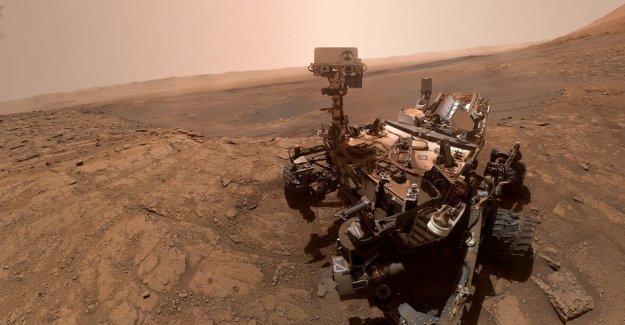 Mars, Curiosity has found molecules perhaps compatible with life