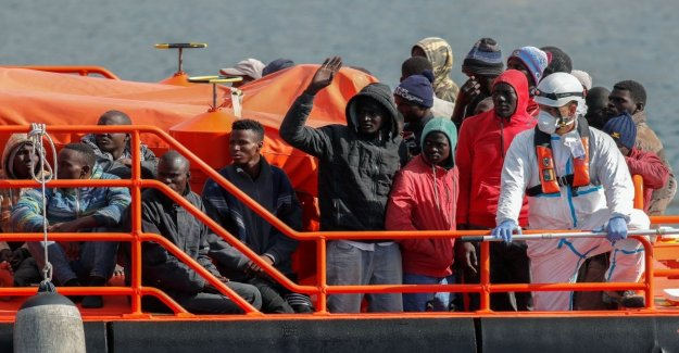 Migrants, Europe is back on the field with Irini: the mission that will ensure the embargo of weapons to Libya