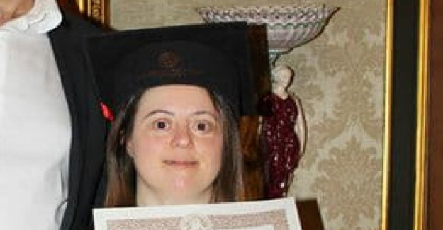 Naples, a student with down syndrome, graduated with 110 and praise