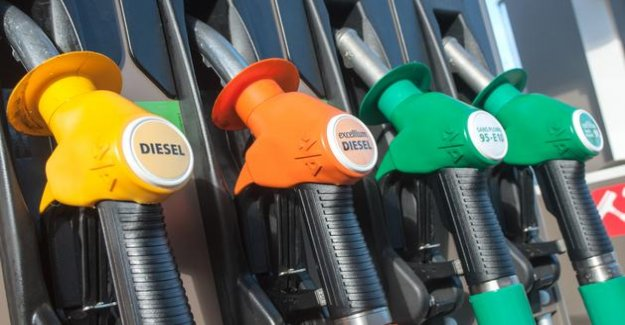After several weeks of declines, prices at the pump go back