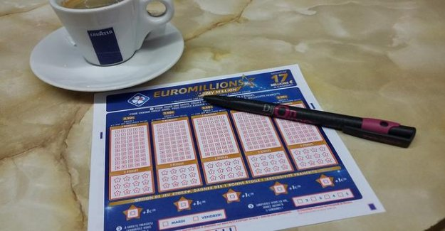 Confined, a winner of the EuroMillions has had to wait 50 days to get his prize