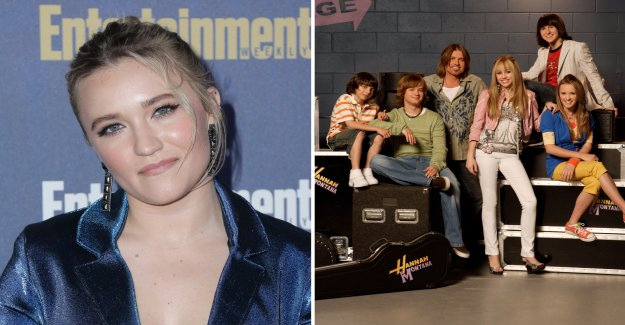 Hannah Montana co-star recognition after all these years