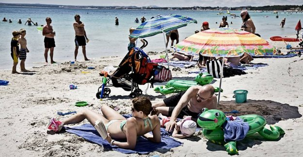 Spain opens at the earliest for tourists in July