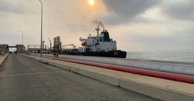The first tanker of iranian arrived in Venezuela