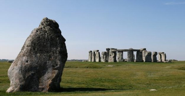 A structure of more than 4500 years and 2 kilometers in diameter, discovered near Stonehenge