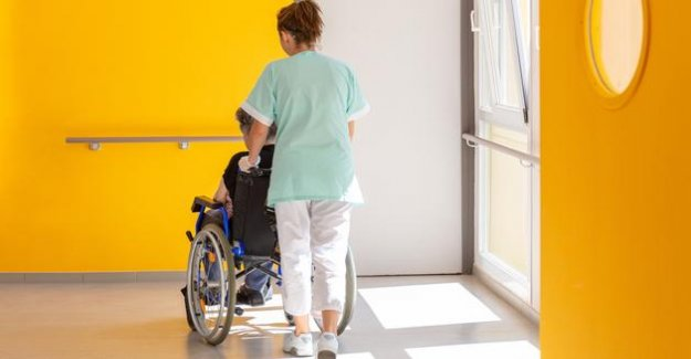 Care for older people: the under-staffing more marked in France