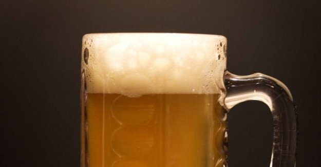 Danish pub closes again after smitteudbrud