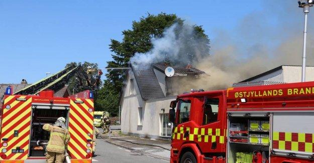 Heavy fire: Close windows and doors