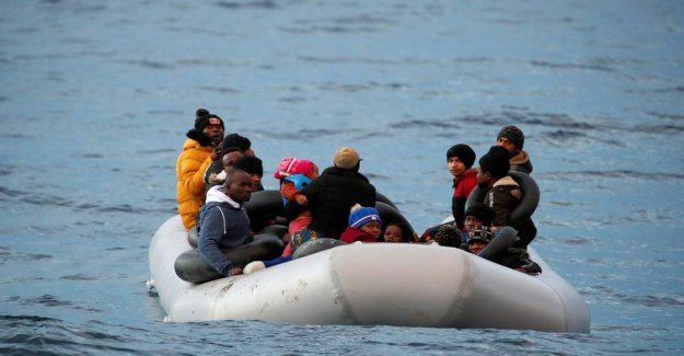 How should refugees be kept out of Europe