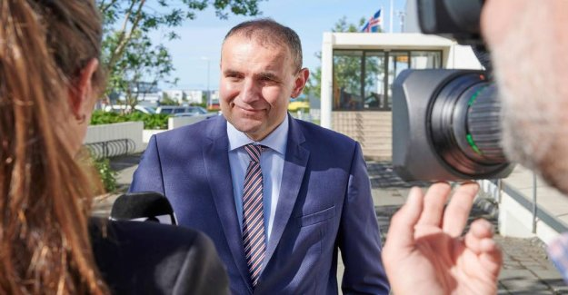 Iceland's president has ironclad headed towards another four years