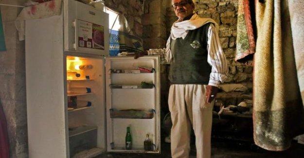 In Lebanon, fridges empty, testify to a crisis unprecedented