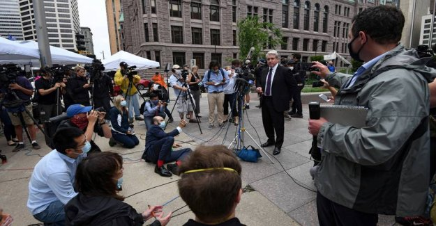 Judge pushes George Floyd-the trial to avoid mediecirkus