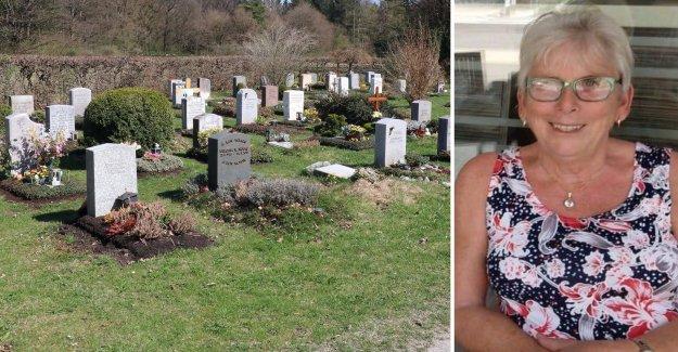 Karin, 73, a purse was stolen – in the graveyard