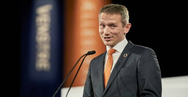 Kristian Jensen brought back as rapporteur