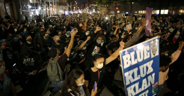 New York City imposes curfew