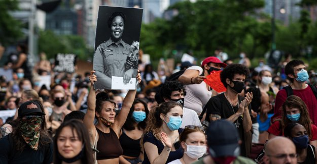 One dead in protests after the Breonna Taylor's death