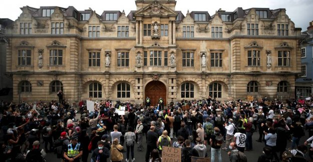 Oxford college will remove the statue of the controversial imperialist