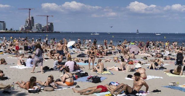 Packed on the beach: - It is not very smart