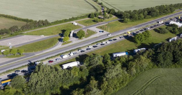 Police warns against the long queue: Defer Danish-German border area