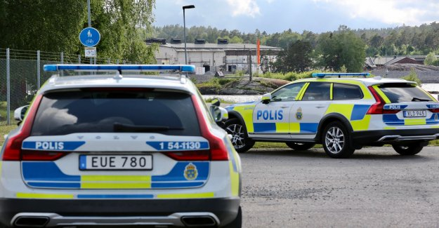 RIGHT NOW, the Death of a person found in the terrängområde